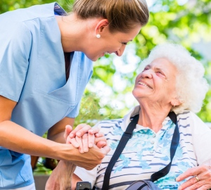 5 Qualities Of A Good In-Home Caregiver
